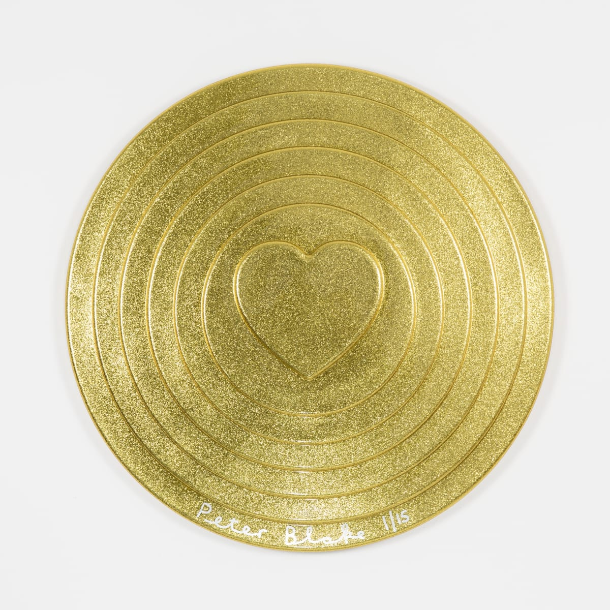 Peter Blake Gold Target (metal flake), 2017 Vacuum formed plastic, paint 69 x 69 x 10 cm Edition of 15 Signed and numbered