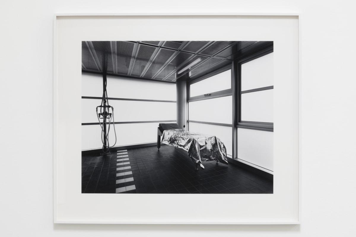 Lynne Cohen, Spa (III), 1993