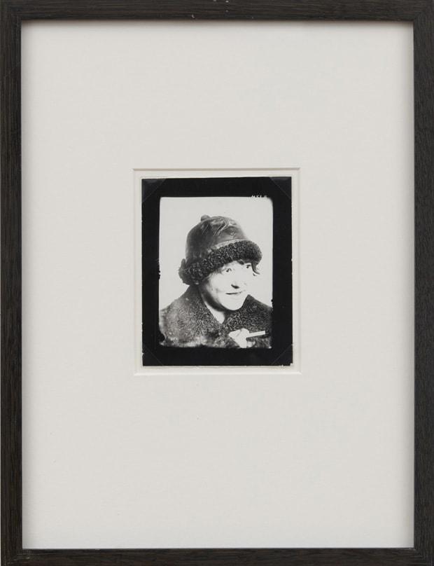 Alexander RODCHENKO V. F. Stepanova, 1925 Gelatin silver print 12 x 8 cm