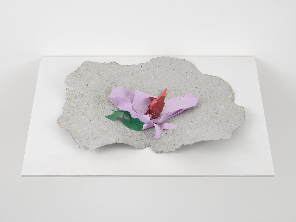 Lili DUJOURIE Ballade - Althea, 2011 Papier-mâché 39 x 43 x 8 cm
