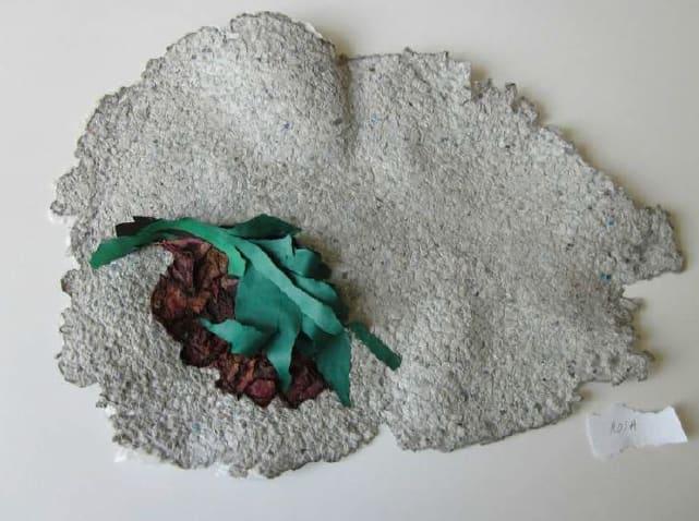 Lili DUJOURIE 1941 - Ballade - Nuits de Young, 2011 Paper mache Unique 35 x 49 x 4.5 cm