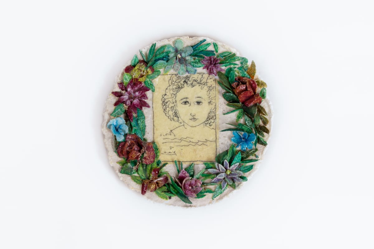 Sue ATKINSON The Ethel Rosenberg Commemorative plate Indochina creamware, glue, washing powder with transfer 25 cm diameter