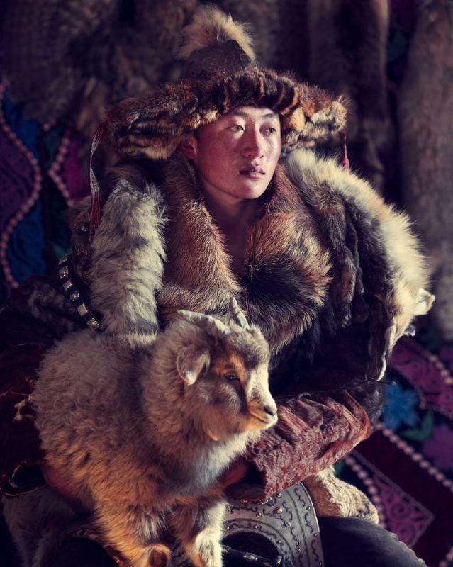 Jimmy Nelson, Esker Eagle Hunter, Sagsai, Bayan Ulgli Province, Mongolia, 2017