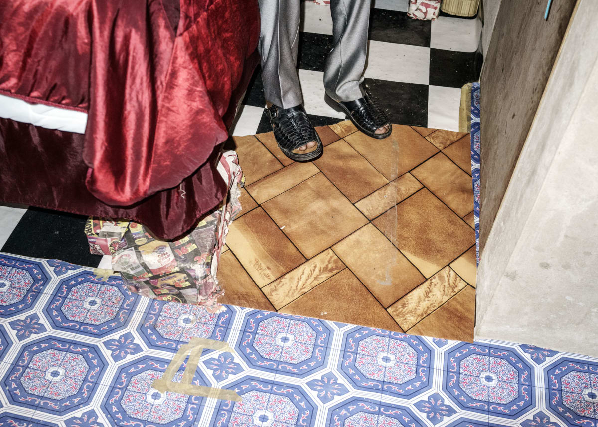 Jonas Bendiksen, Moses bedroom floor, South Africa, 2016
