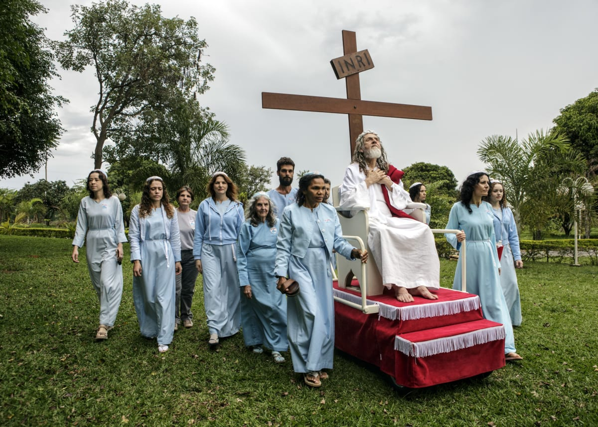 Jonas Bendiksen, INRI Cristo with disciples, Brazil, 2014