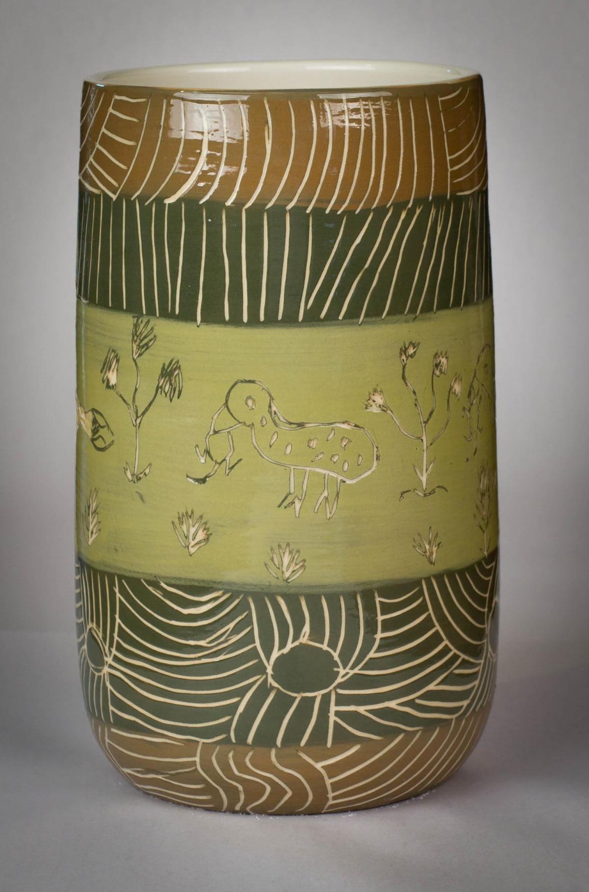 Carlene Thompson Putija 23.5 x 13 cm