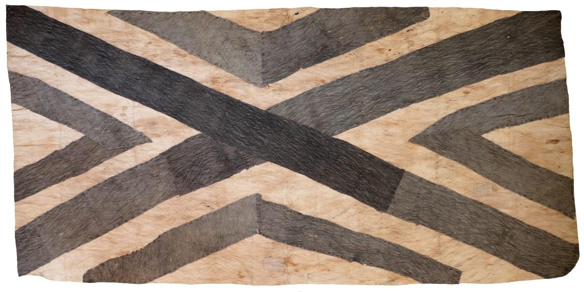 Ilma Savari (Ajikum'e) Mododa'e natural pigments on nioge (barkcloth) 111.5 x 55 cm