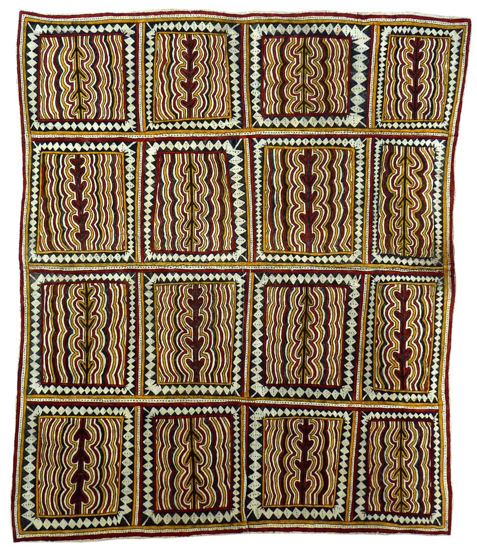 Lila Warrimou (Misaso) lje ridime'e, mahuva'oje ohu'o sabu deje natural pigments on nioge (barkcloth) 94 x 82 cm