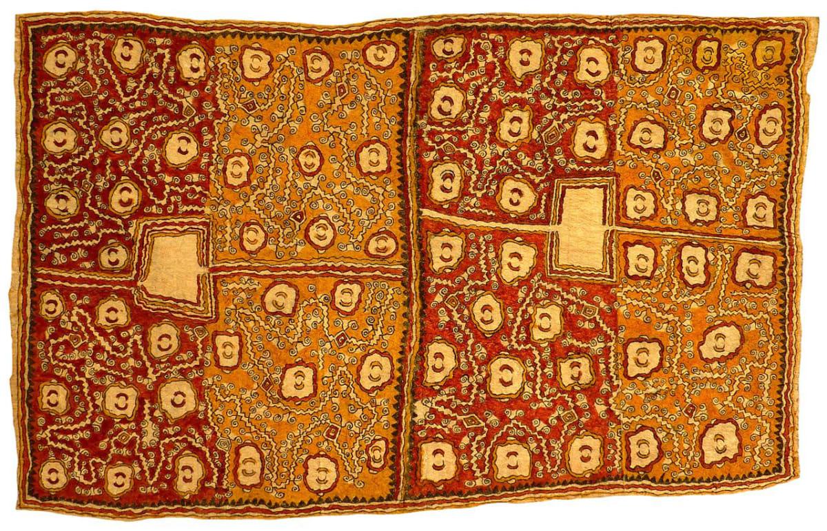 Dapeni Jonevari (Mokokari) Guai, ujawe soru'e (asimano'e (taigu taigu'e, odunaigo'e, vinohu'e)) ohu'o dahoru'e natural pigments on nioge (barkcloth) 107 x 68 cm