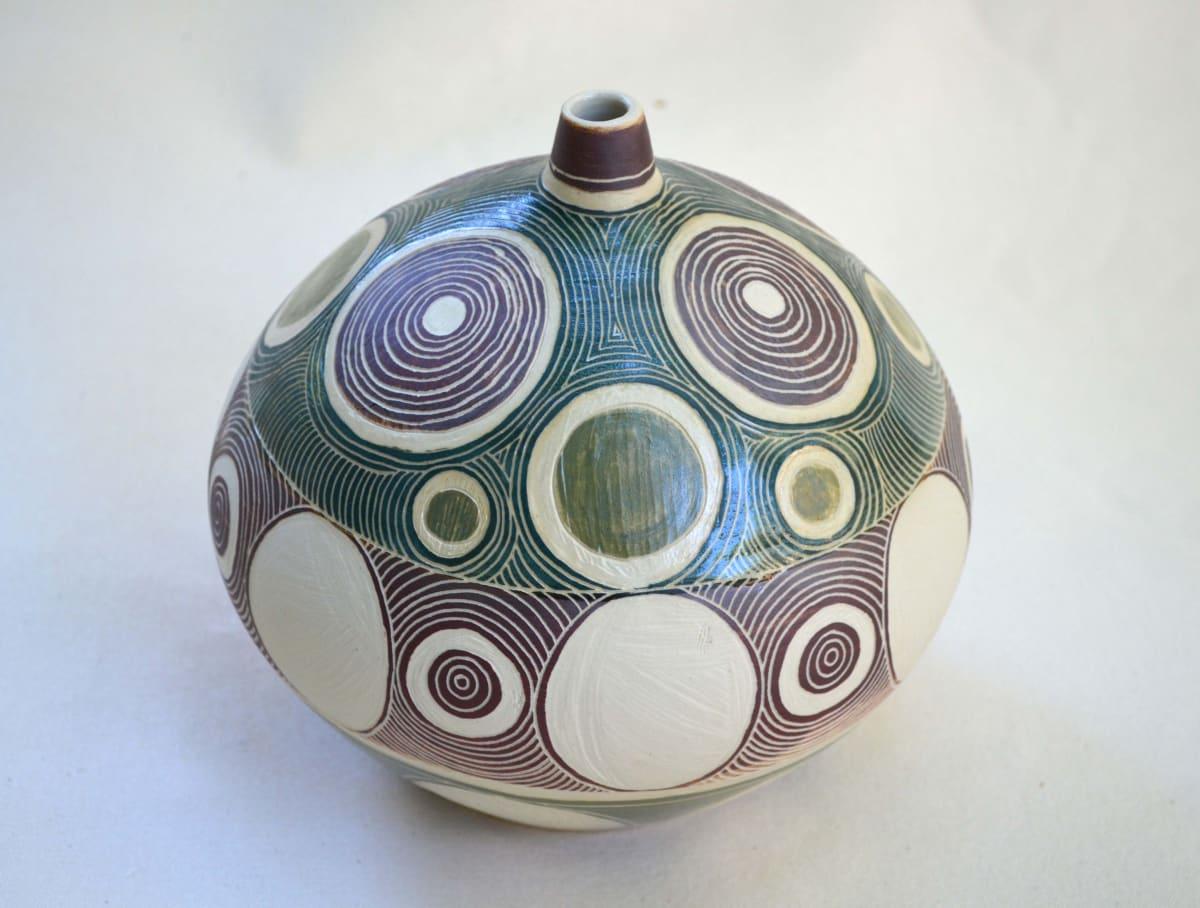 Lynette Lewis Ngyuku Walka Stoneware 19 x 20 cm