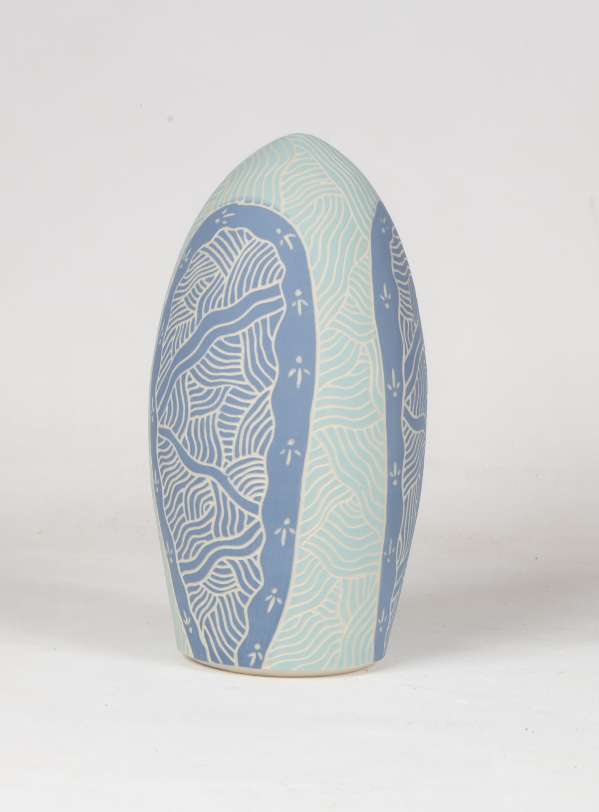 Tjutjuna Andy Tjuntuna's Kalaya, 2018 Stoneware 28 x 13 cm