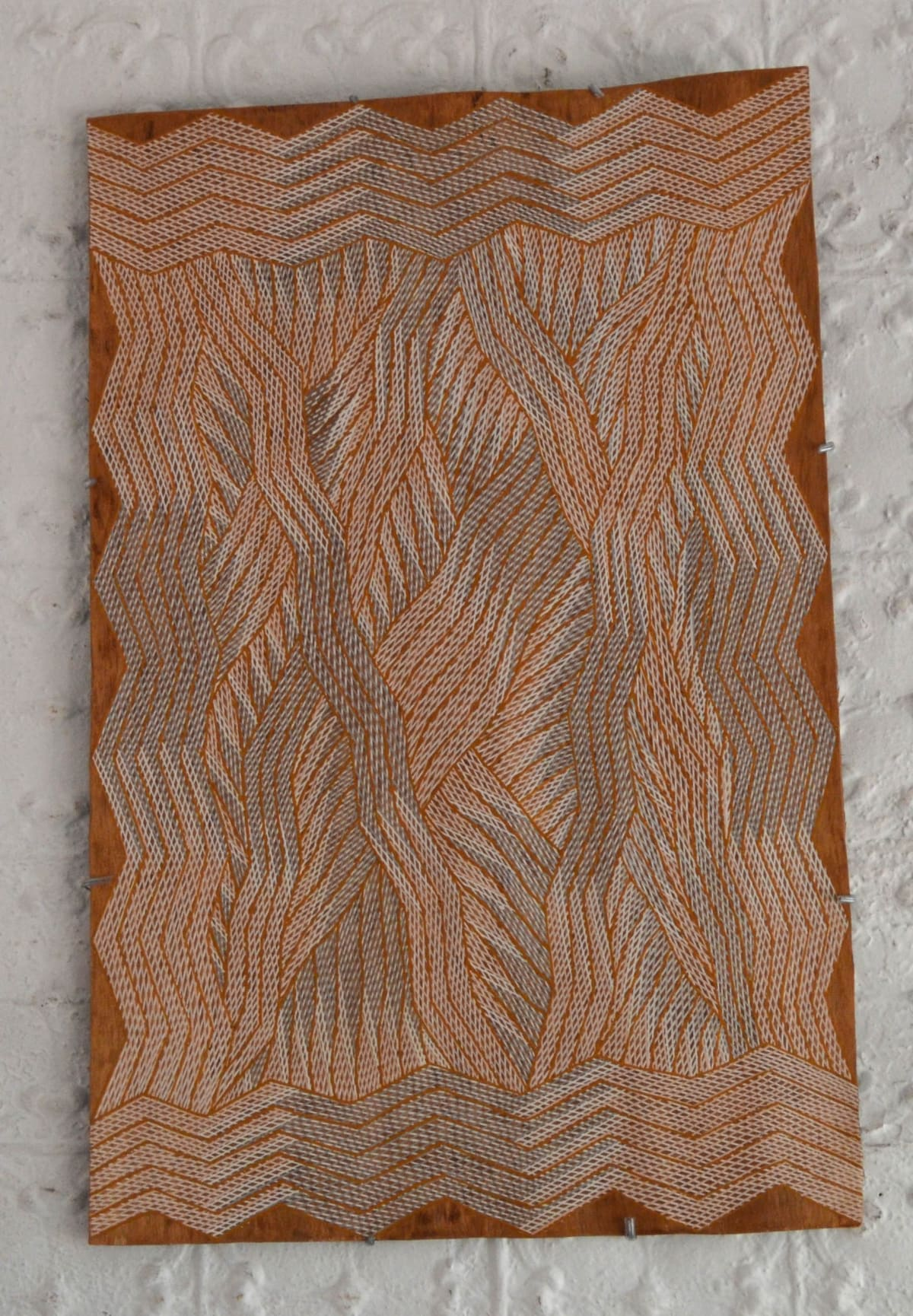 Manini Gumana Garrapara natural earth pigment on bark 53 x 79 cm