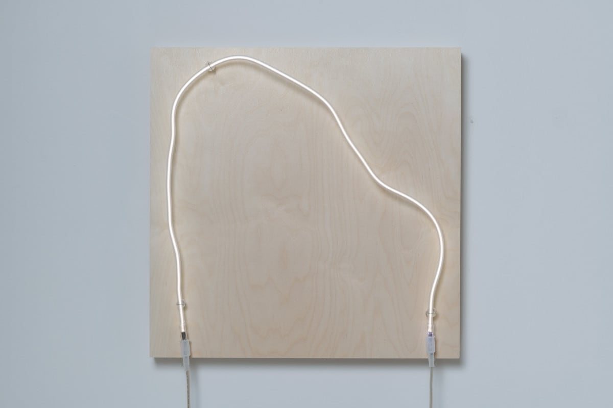 Annesta Le Exposed Form. No.3, 2019 Neon (krypton, glass, wire) on wood panel 24 x 24 x 5 in 61 x 61 x 12.7 cm