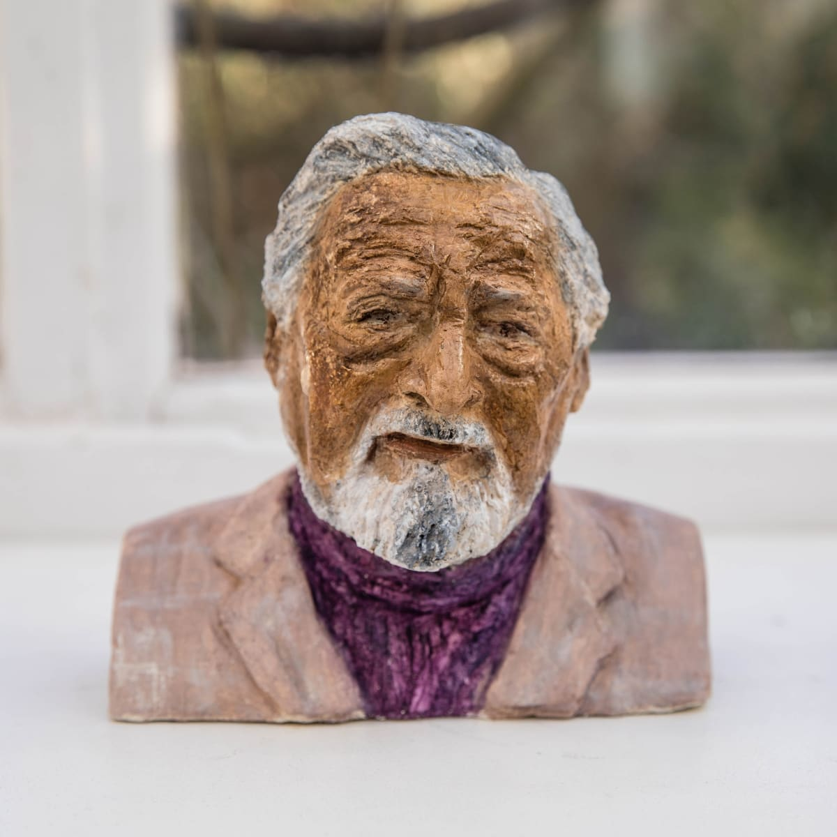 Nicole Farhi V. S. Naipaul ciment fondu and acrylic; hand-painted bronze casts available to purchase 18 x 18 x 7 cm edition of 7 + 3 APs