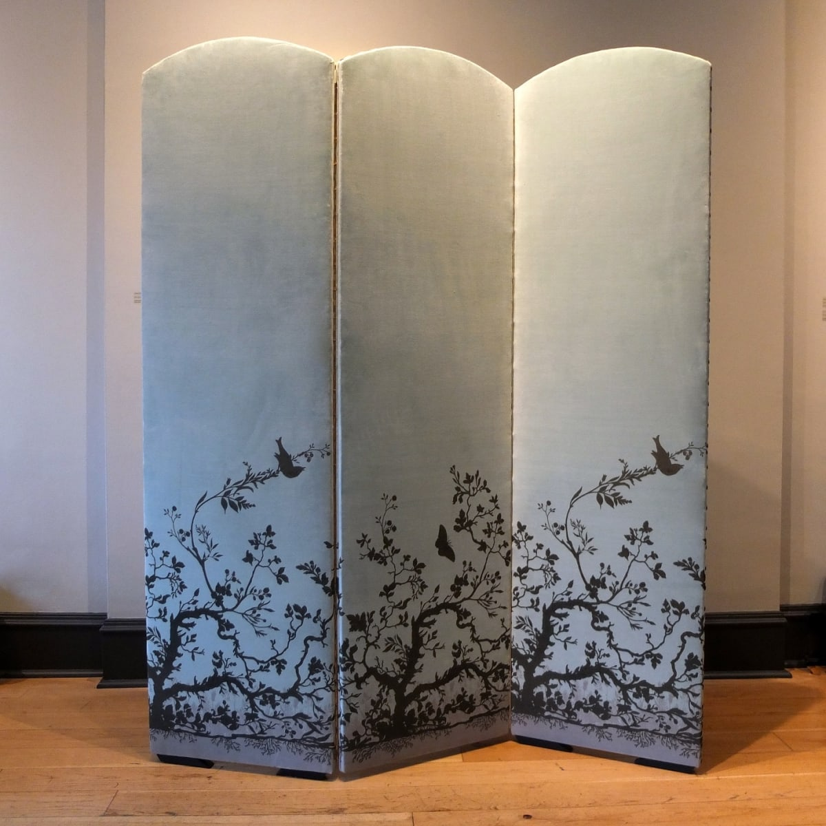 Timorous Beasties Bird Branch, 2019 folding screen upholstered in Bird Branch fabric with one-off screen print design 180 x 154.5 cm (3 panels, 51.5 cm width each)