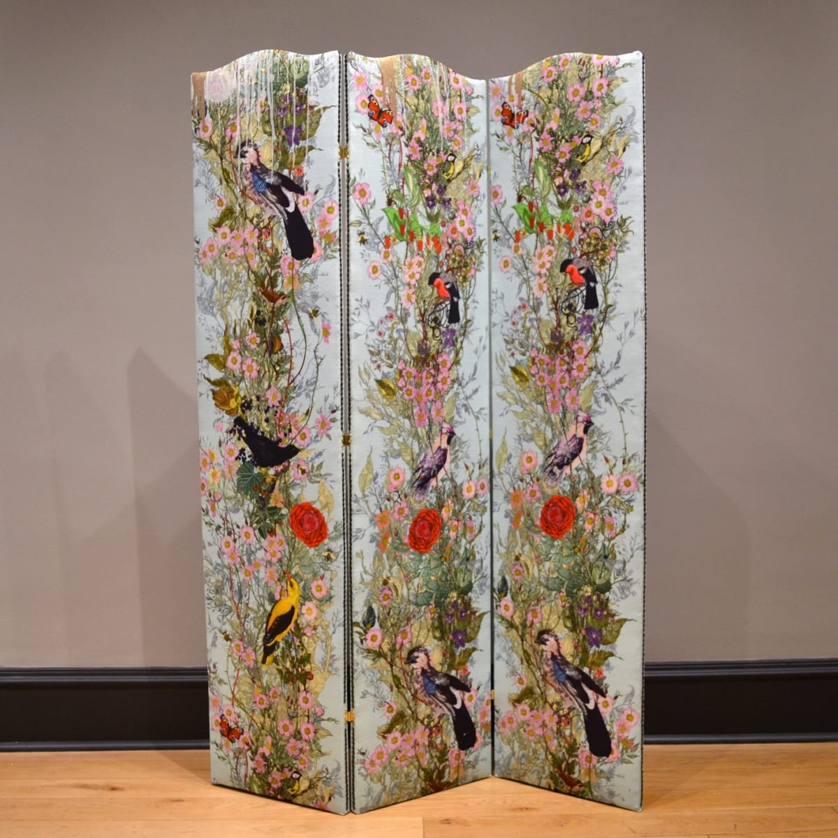 Timorous Beasties Fruit Looters Pale Blue, 2019 folding screen upholstered in Fruit Looters fabric with one-off screen print design 167 x 114 cm (3 panels, 38 cm width each)