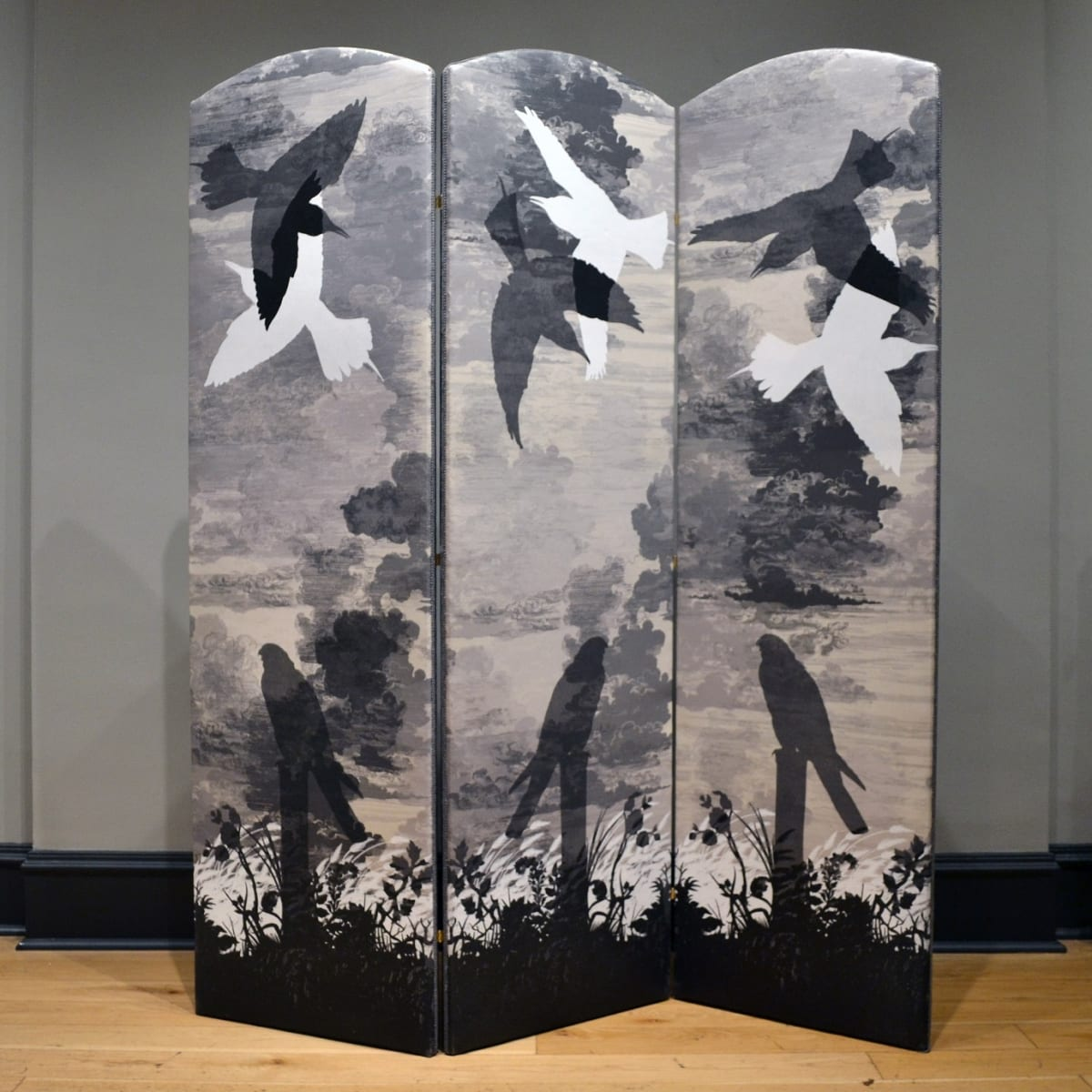 Timorous Beasties Grey Kes, 2019 folding screen upholstered in Cloud Toile fabric with one-off screen print design 180 x 154.5 cm (3 panels, 51.5 cm width each)