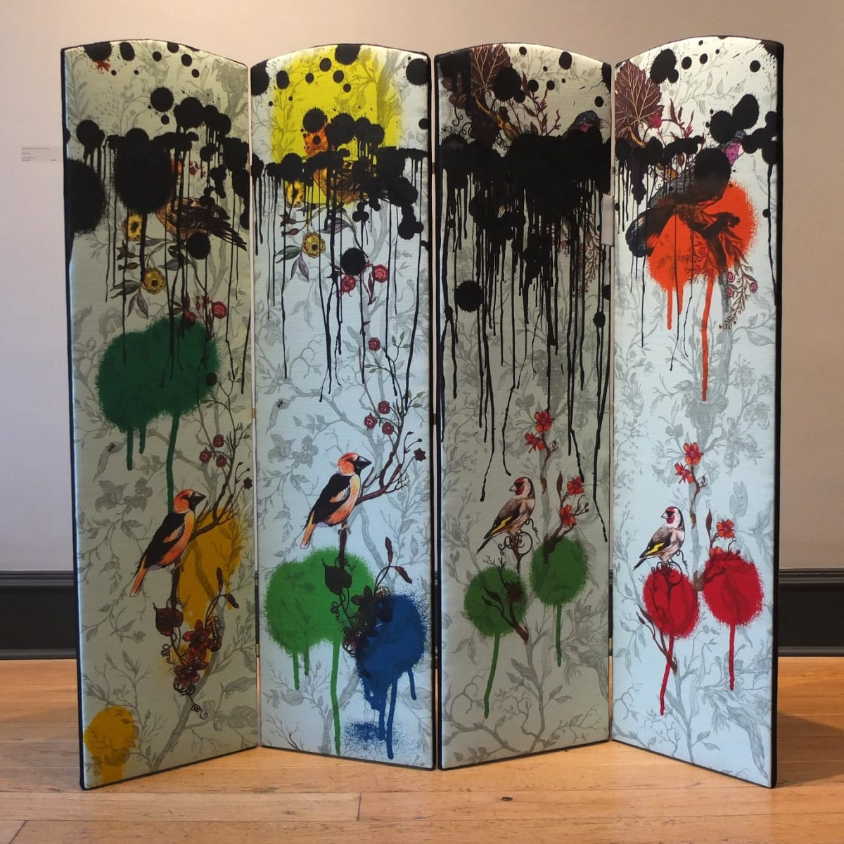 Timorous Beasties Birds and Bees Tag, 2019 folding screen upholstered in Birds N Bees fabric with one-off screen print design 137.5 x 148 cm (4 panels, 37 cm width each)