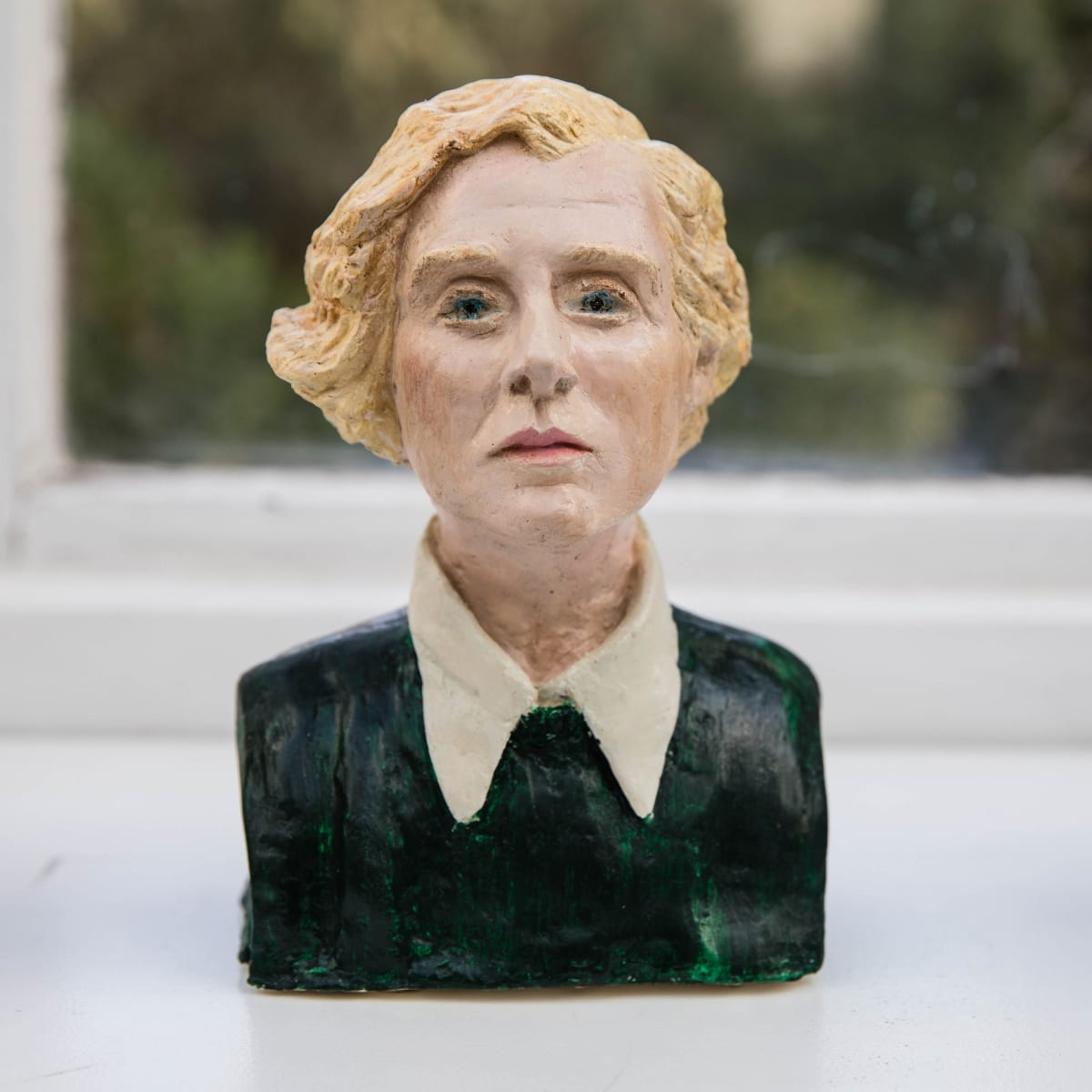 Nicole Farhi Daphne du Maurier ciment fondu and acrylic; hand-painted bronze casts available to purchase 18 x 13 x 7 cm edition of 7 + 3 APs