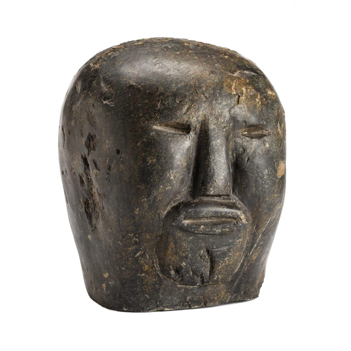 TUNA IQULIQ (1935-2015) QAMANI'TUAQ (BAKER LAKE) Head, c. 1964 ESTIMATE: $4,000 — $6,000 PRICE REALIZED: $21,600 A WORLD RECORD PRICE FOR THE ARTIST AT AUCTION.