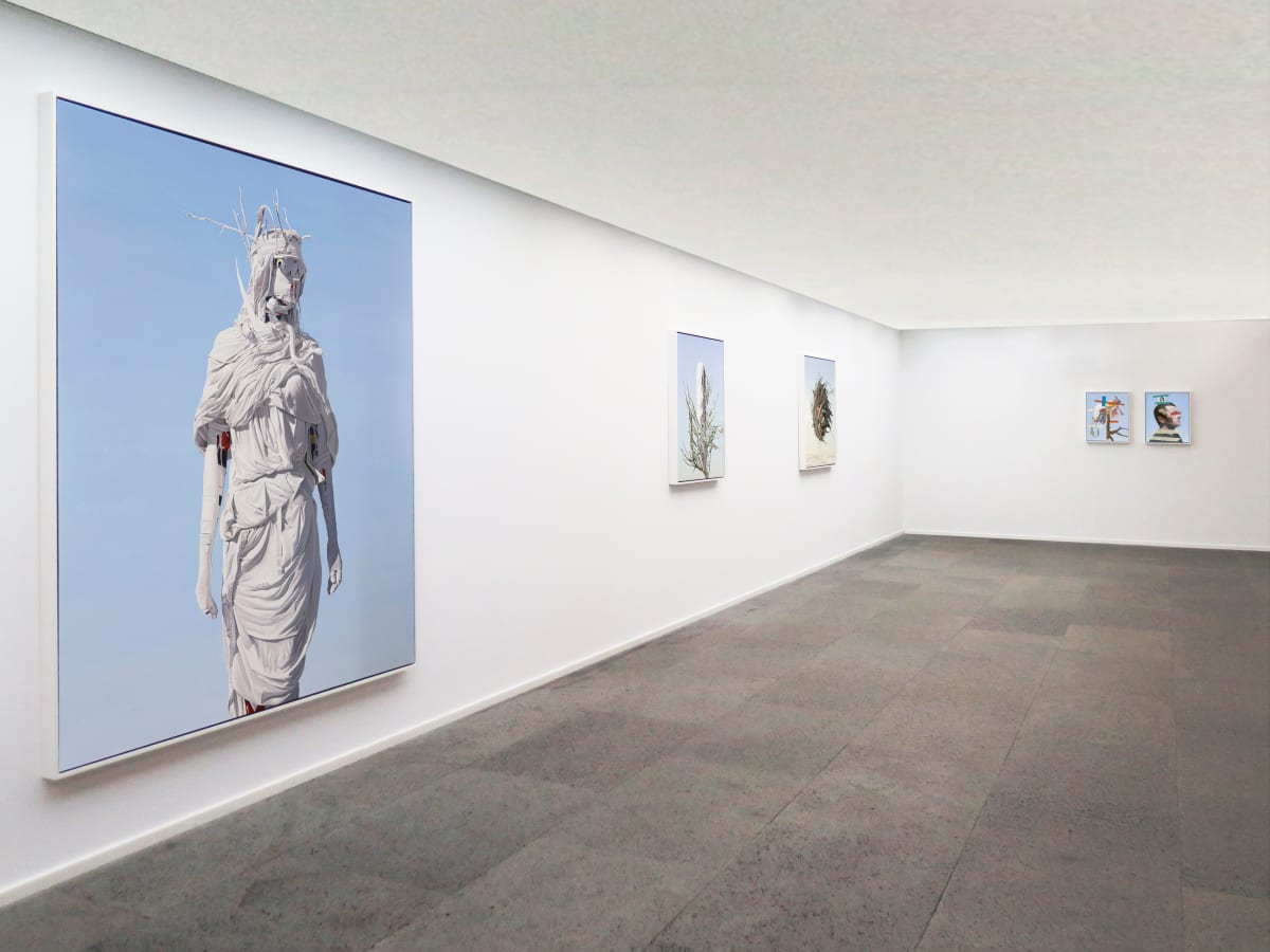 Galerie Du Monde Juan Ford Blank Installation View 1