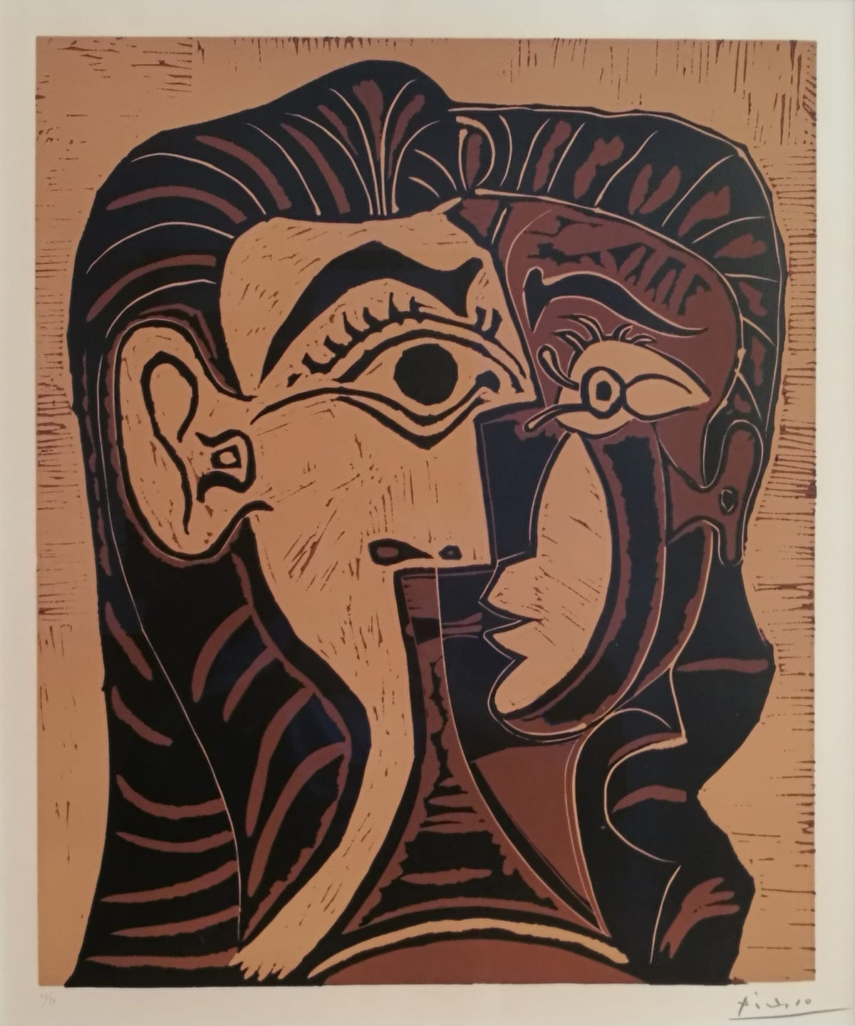 Pablo Picasso Portrait de Jacqueline de Face. I, 1963 Linocut, printed in color on Arches paper Unframed 64 x 52,6 cm (25 1/4 x 20 5/8 inches) Framed 108 x 93 cm (42 ½ x 36 5/8 inches) Edition 48/50 (IIIe état B) Printed by Arnèra (Vallauris)