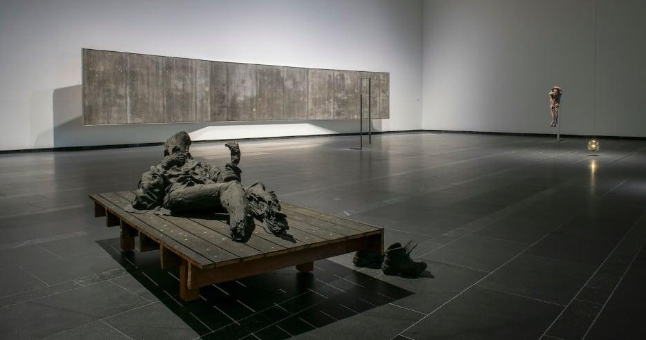 """Matthew Day Jackson's first exhibition in Finland, """"Maa"""" at Serlachius Museum Gösta"""