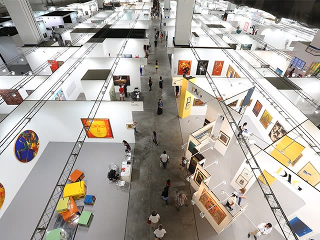 The War of the Art Fairs