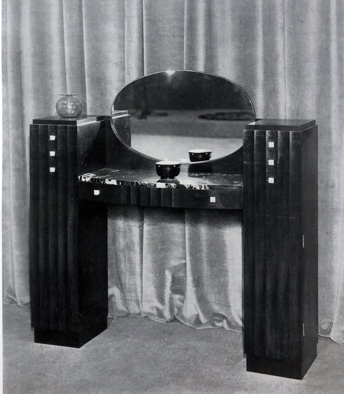 Art Deco vanity table Paris, 1928