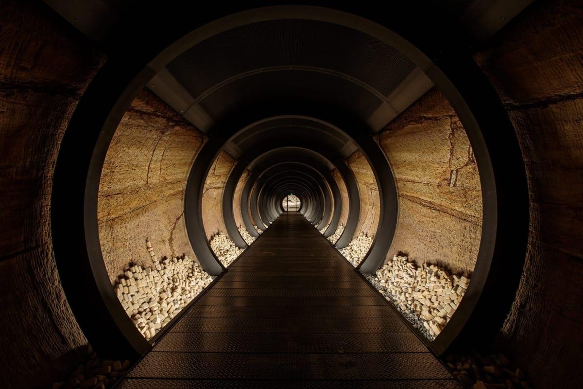 Siloam Tunnel 01