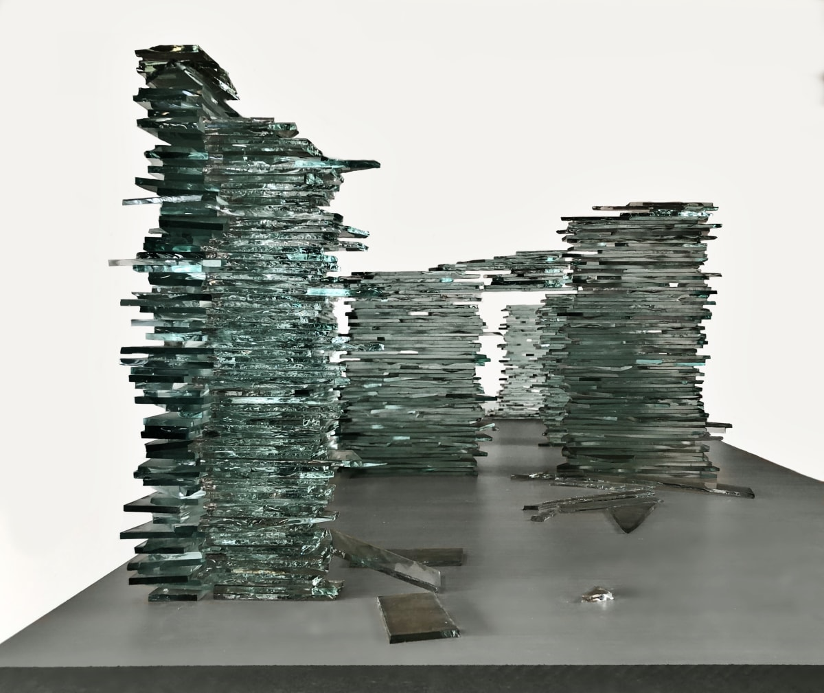 Turan Aksoy Untouchable 2019 glass 100 x 60 x 50 cm