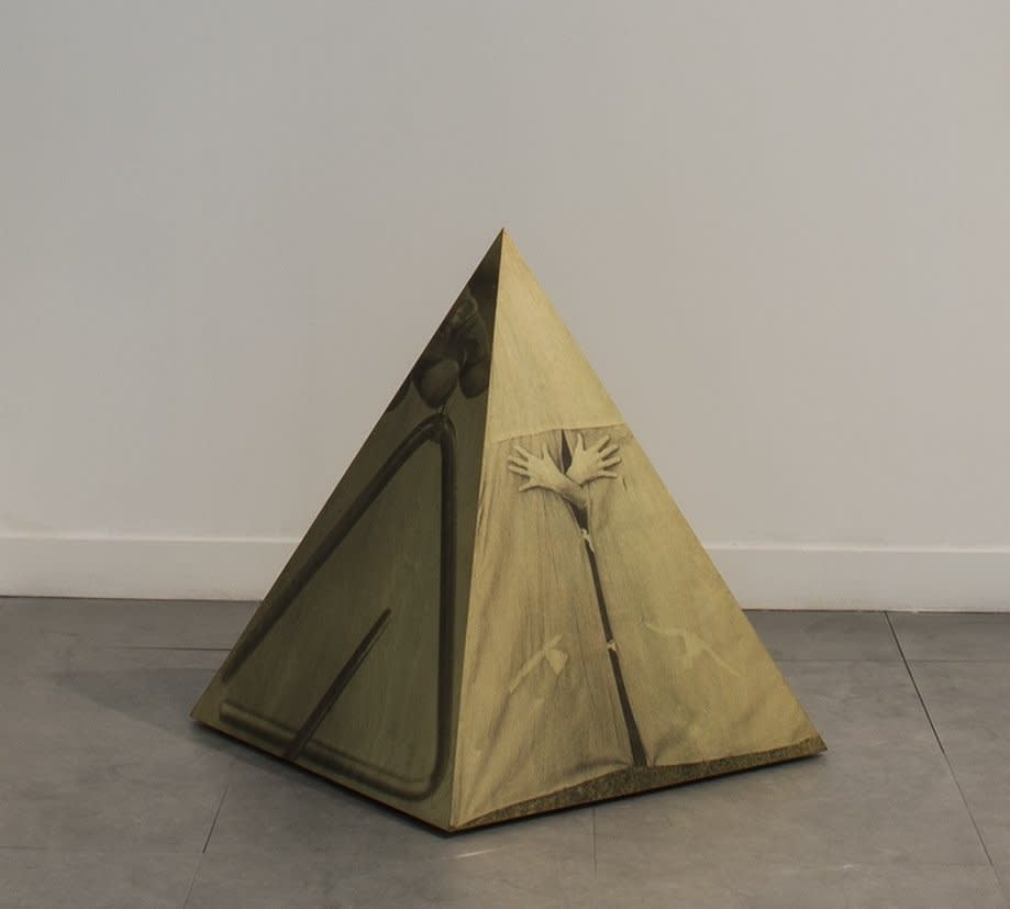 Helen CHADWICK Ego Geometria Sum V: Wigwam - 5 years, 1982-83 Photographic emulsion on plywood 89 x 79 x 79 cm