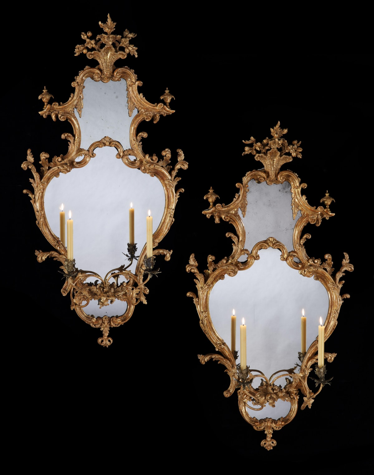 A PAIR OF GEORGE III GILTWOOD GIRANDOLES, ENGLISH, CIRCA 1765