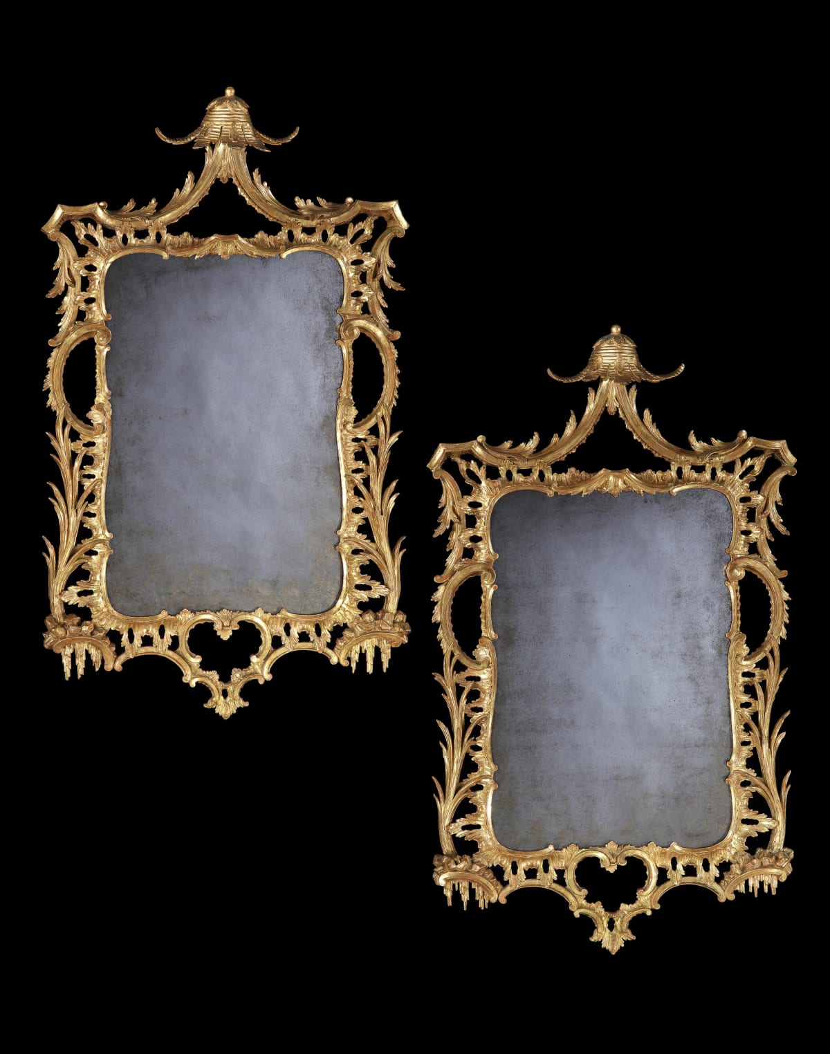 A PAIR OF GEORGE III CARVED AND GILDED MIRRORS, english, circa 1765
