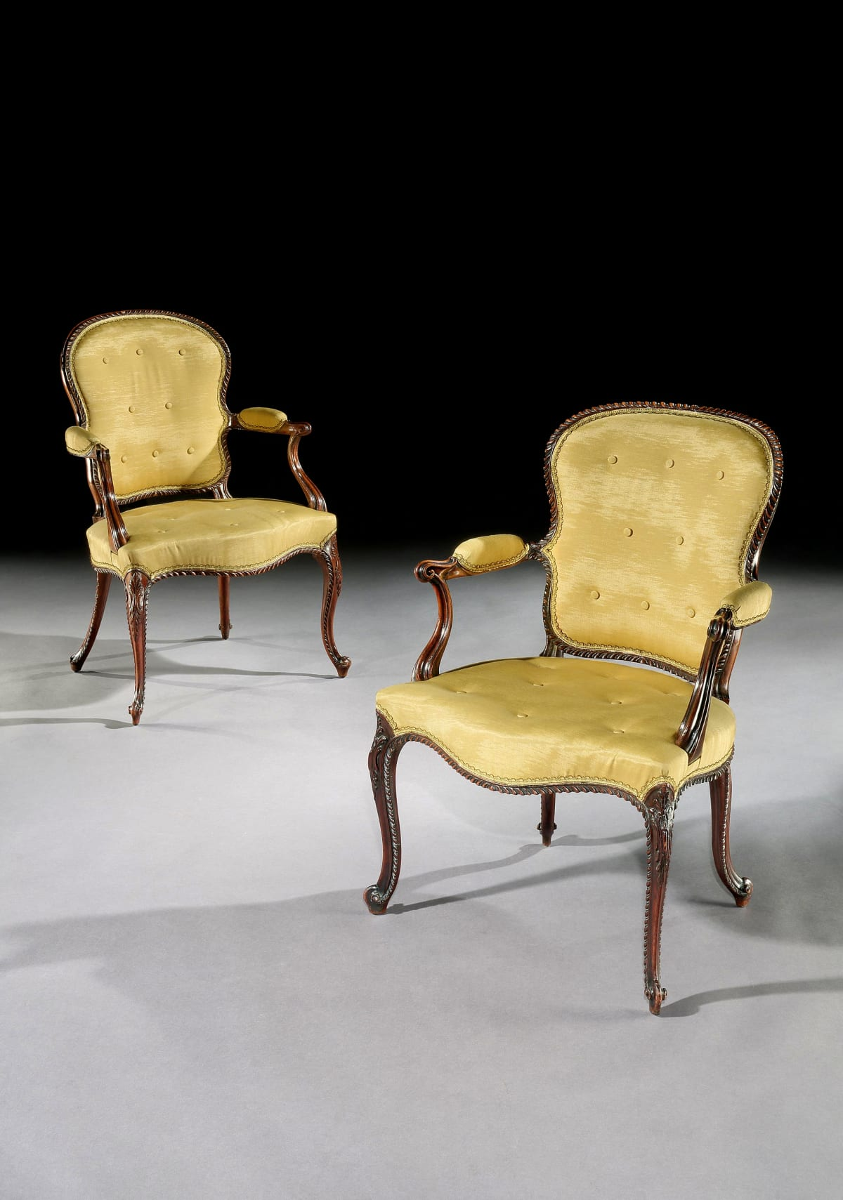 A PAIR OF OPEN ARMCHAIRS. ATTRIBUTED TO JOHN COBB, English, circa 1770