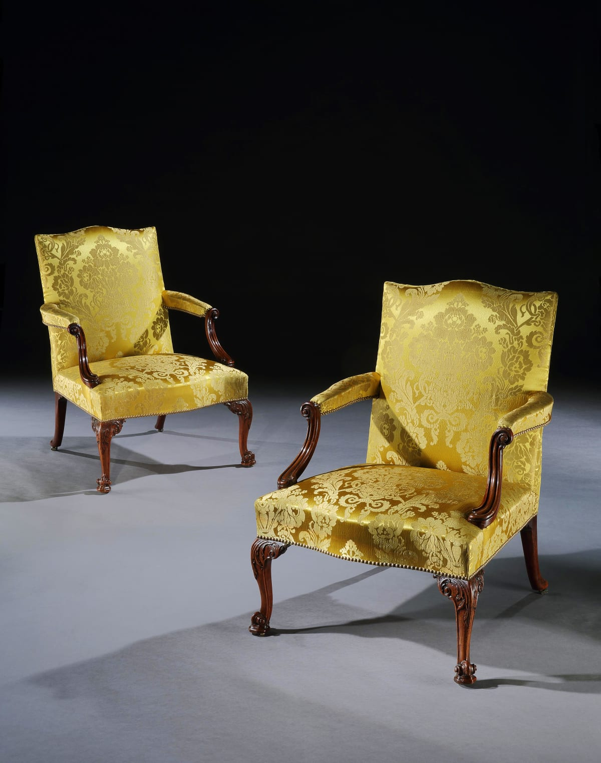 A PAIR OF GEORGE III GAINSBOROUGH OPEN ARMCHAIRS, ENGLISH, CIRCA 1765