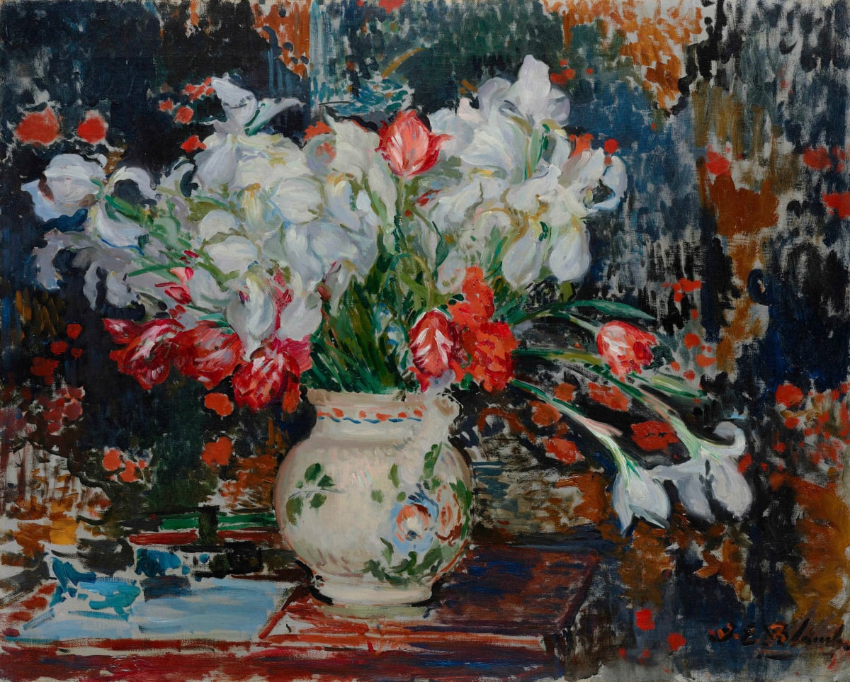Jacques-Emile Blanche, Bouquet d'iris blanches et de tulipes rouges, c.1911
