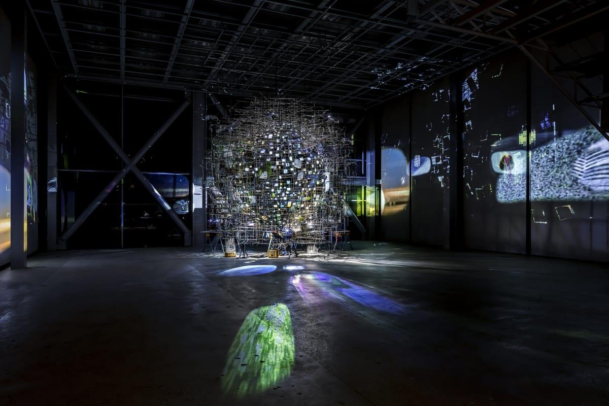 Sarah Sze Fondation Cartier installation image