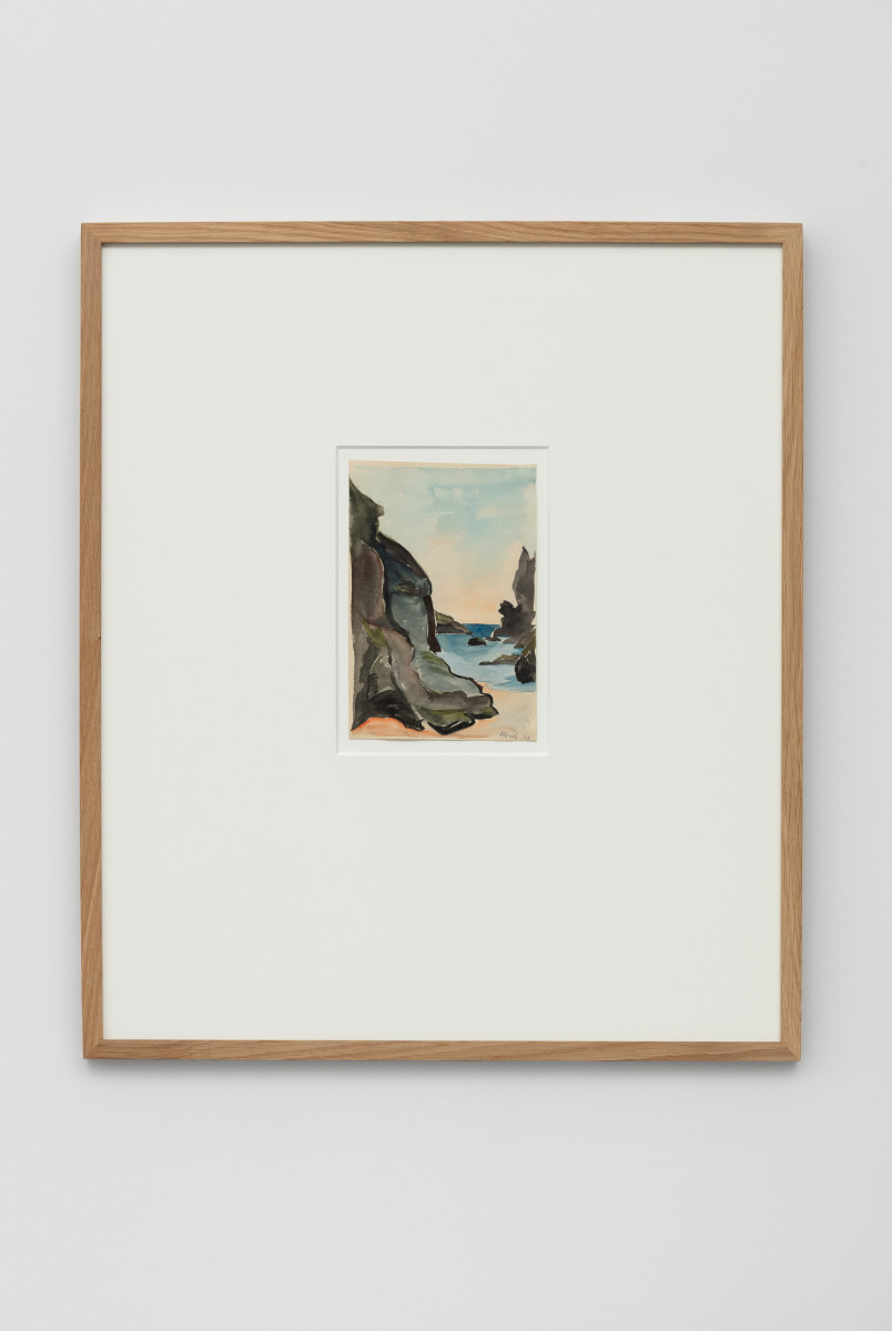 Hannah Höch Belle Île Bucht bei Donnant im Juni 1925, 1925 Watercolor and pencil 20 x 13 cm (7 7/8 x 5 1/8 in) (unframed) 32,7 x 25,4 x 1,3 cm (12 7/8 x 10 x 1/2 in) (framed) Signed and dated lower right recto
