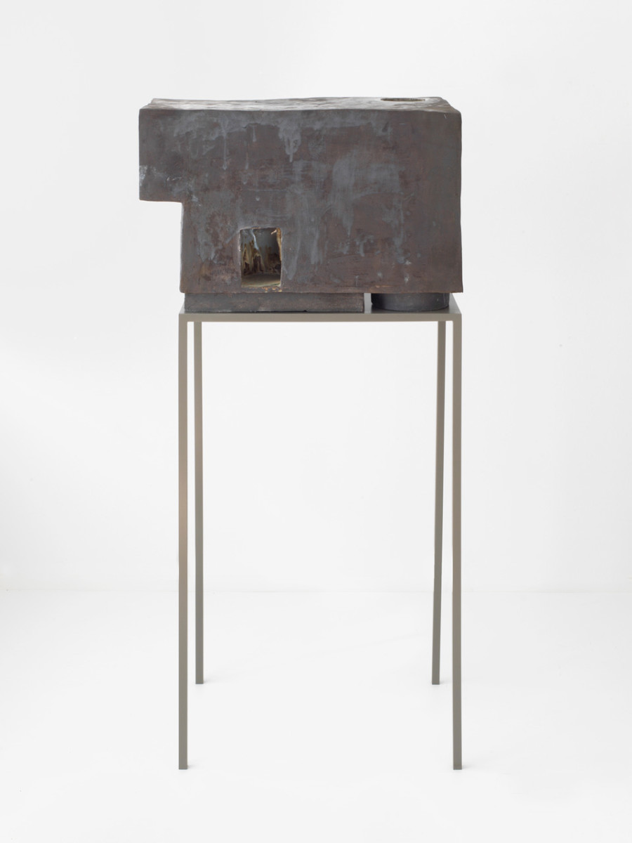 Isa Melsheimer Communication With The Rotten Past V, 2017 Ceramic, glaze, powder-coated metal 46,5 x 71 x 42 cm (ceramic), 110 x 63 x 43 cm (pedestal), 2 parts