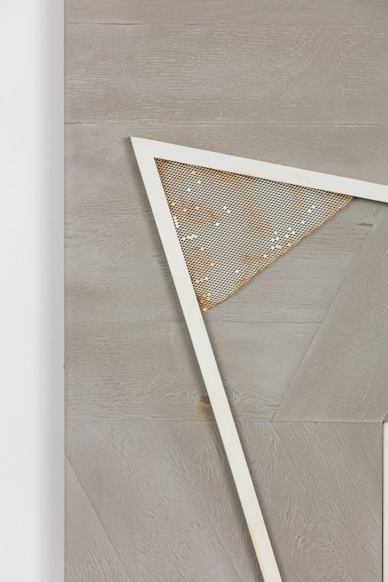 Detail: Martin Boyce, Untitled, 2018. Photo © Andrea Rossetti.