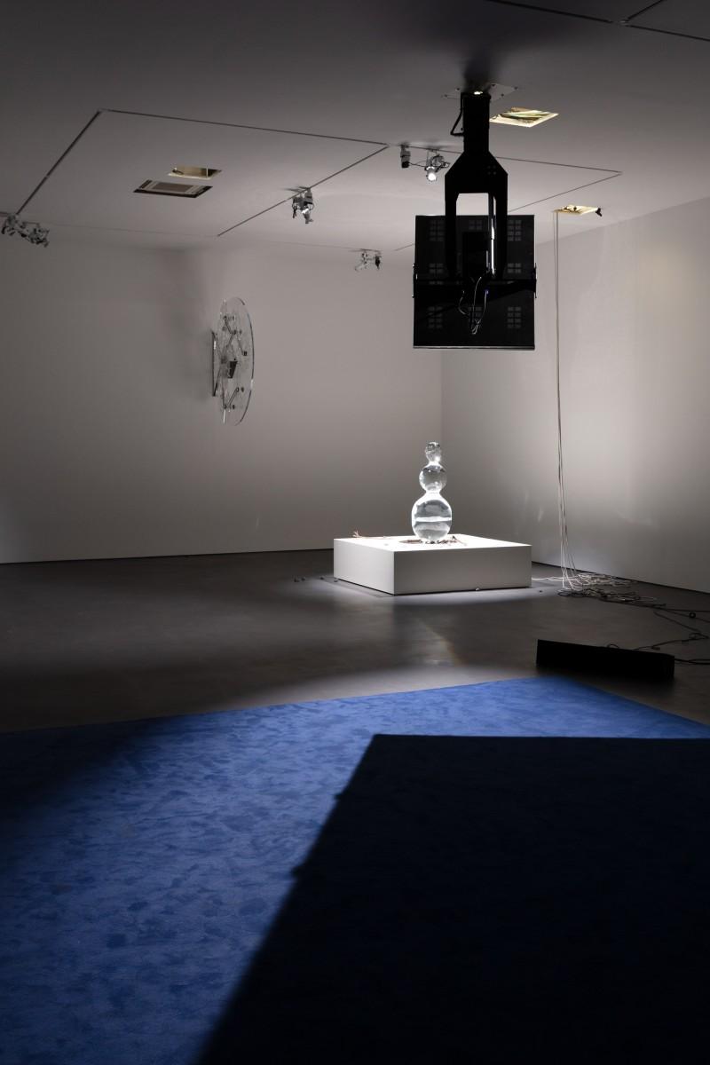 Exhibition view: Philippe Parreno, Manifestations, Esther Schipper, Berlin, 2020. Photo © Andrea Rossetti