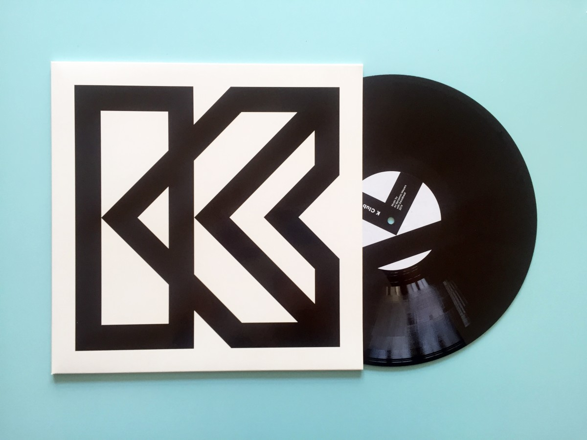 Ari Benjamin Meyers K Club, 2019 Vinyl record Duration: 8:38 min 31,4 x 31,4 cm (sleeve) Edition of 40 Signed and numbered
