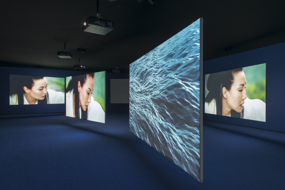 31330 Isaac Julien Tenthousandwaves2010Vuedinstallationalafondationlou Original