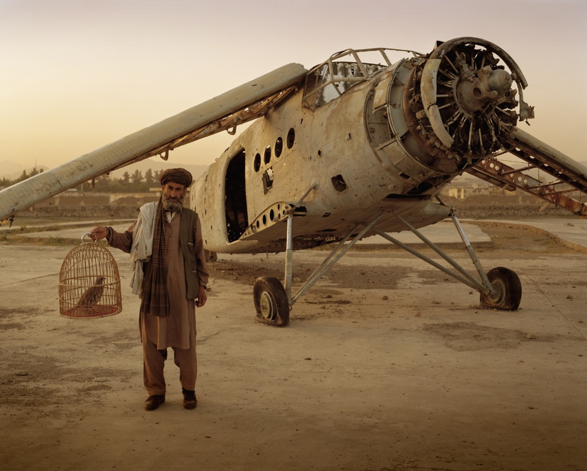 Résultats de recherche d'images pour «Simon Norfolk plane»