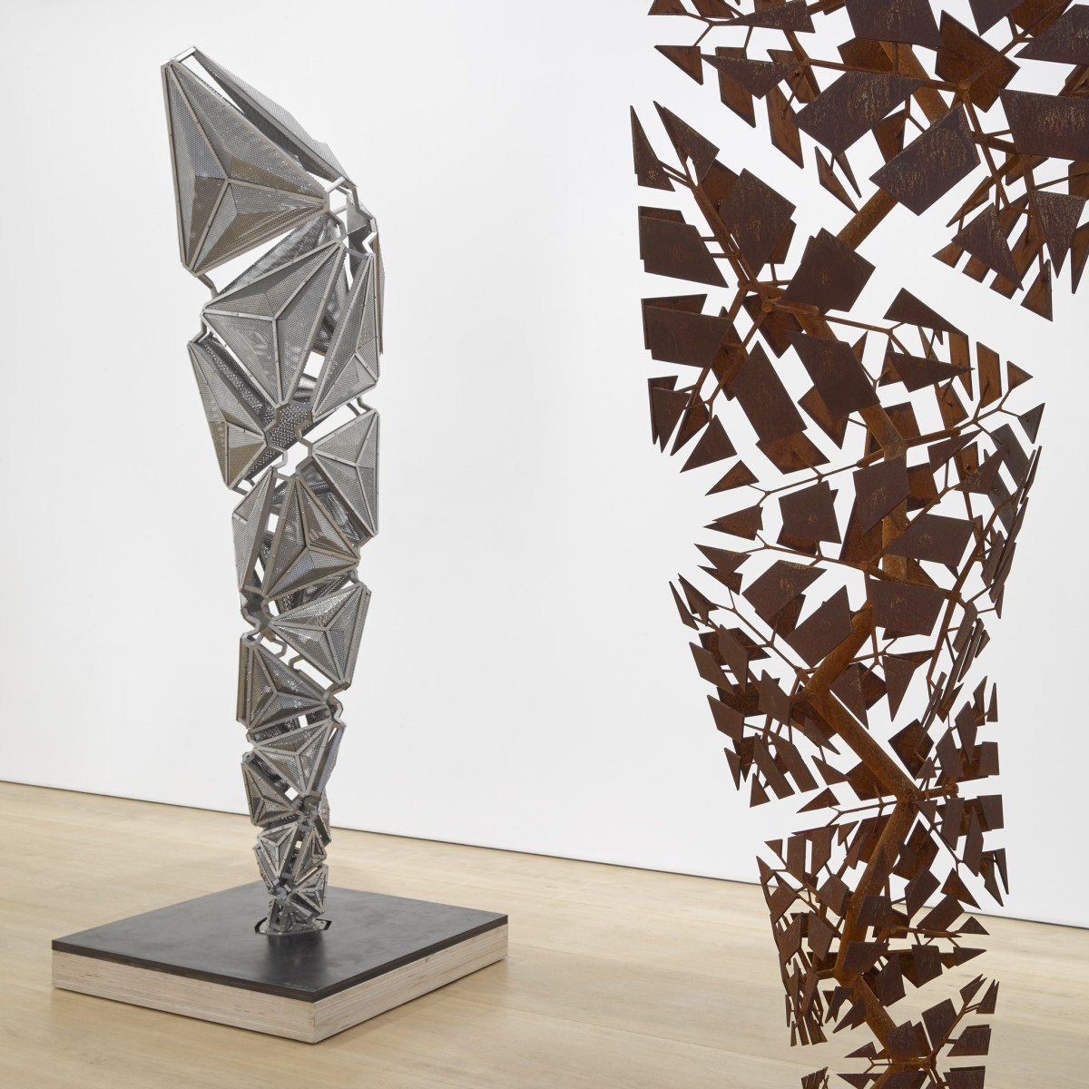 St George Auto >> Conrad Shawcross: After the Explosion, Before the Collapse | Victoria Miro