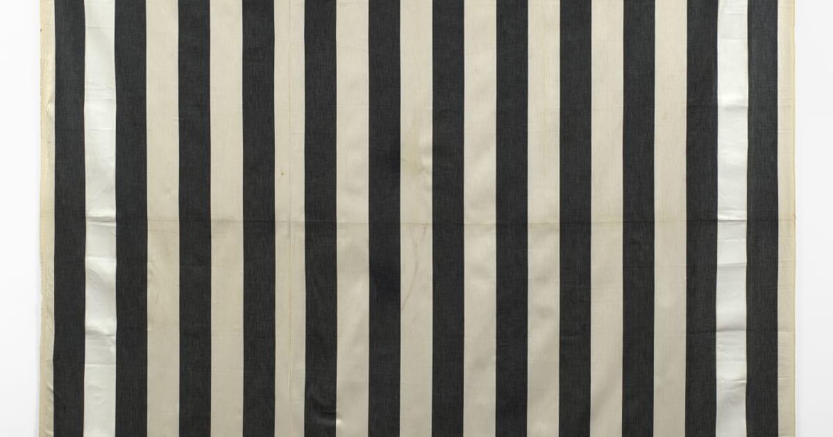 Daniel Buren Peinture Acrylique Blanche Sur Tissu Rayé Blanc Et