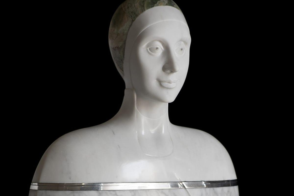 "Detail of ""Tracce di Universo 2,"" white Carrara marble, onyx, steel and aluminum sculpture by Oriano Galloni"