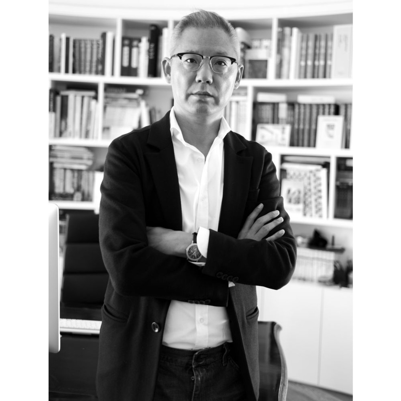 "collector WANG JUN WangJun is a contemporary art collector and on a list of""Art Nova 100"" investors. His investment interests..."
