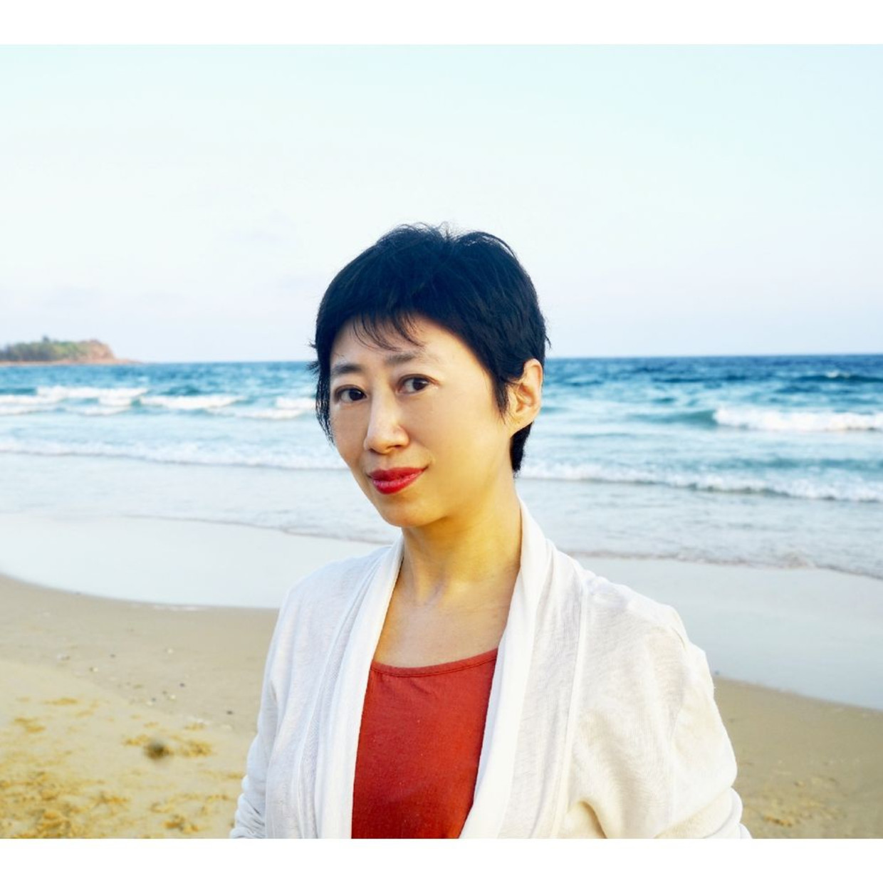 curator Mia Yu Mia Yu was born in Shenyang, grew up in Shenyang , Vancouver and Montreal, and now lives...